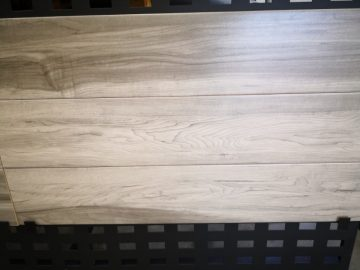 Timber look charmwood tiles